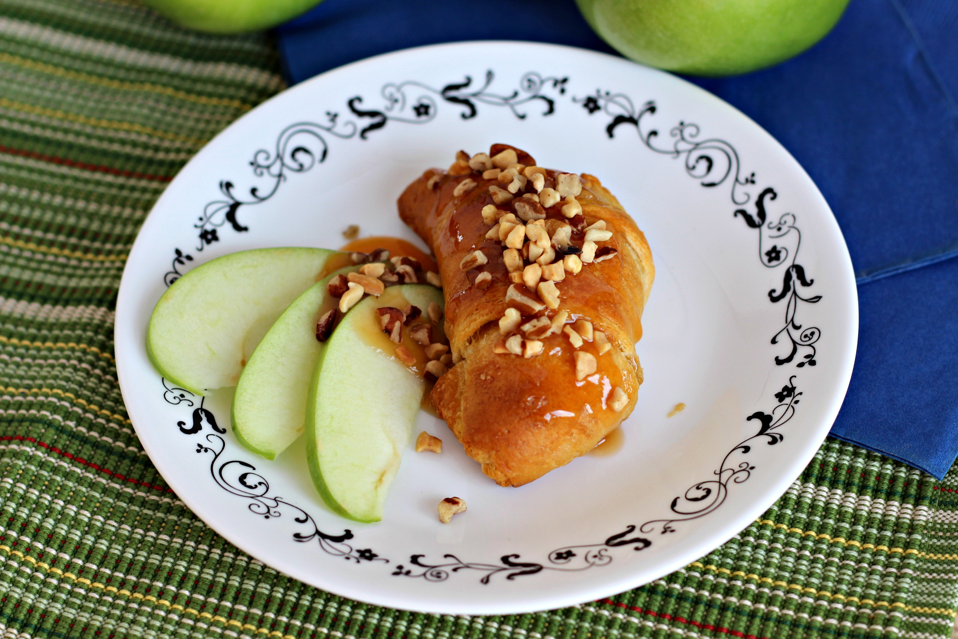 Caramel Apple Roll Ups - Living a Sunshine Life