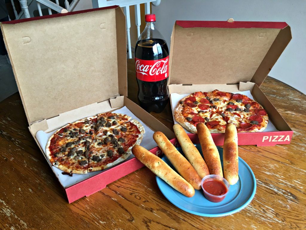 Friends night in is about making memories not spending all your time prepping and planning. Get some tips on creating a quick and easy friends night in! #Ad #ServeWithACoke
