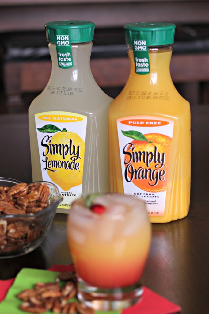 Bring a little sunshine to your winter celebrations with the Winter Sunshine Cocktail. #ad #SimplyHolidaysAtSams